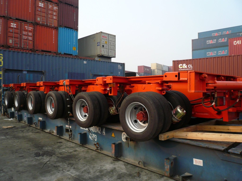 Hydraulic Platform Trailers : Multi axle trailer in flat rack container china sinotrailers
