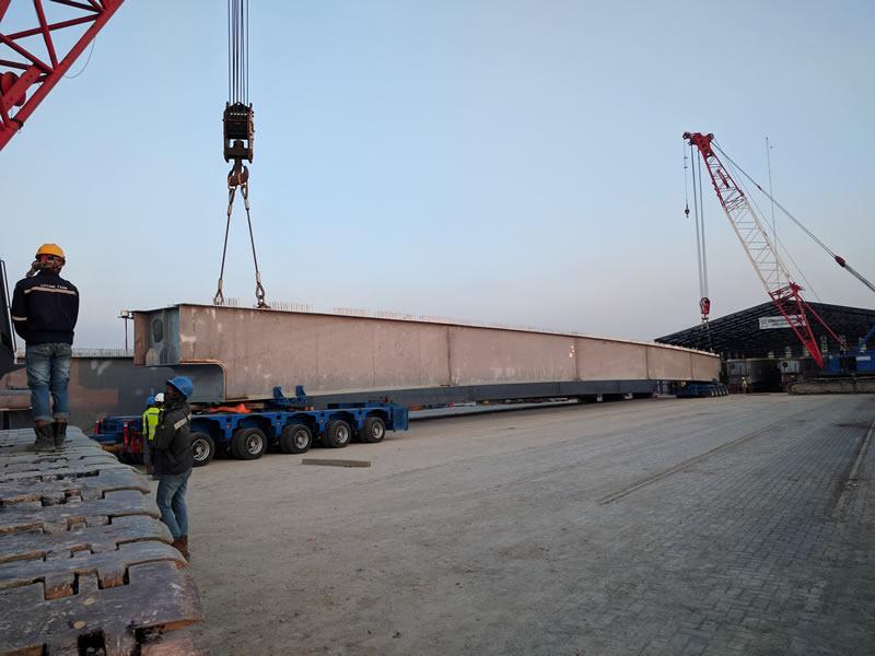 Long steel beam trailer