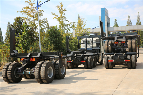 Timberwood trailers stack up for delivery