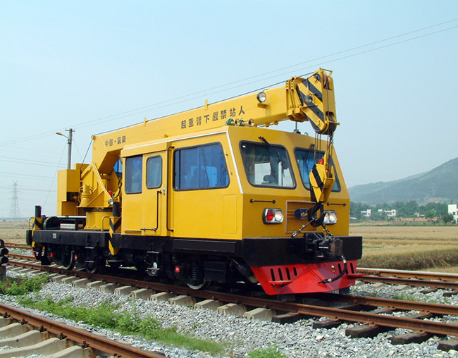 16 tons railway crane at working site