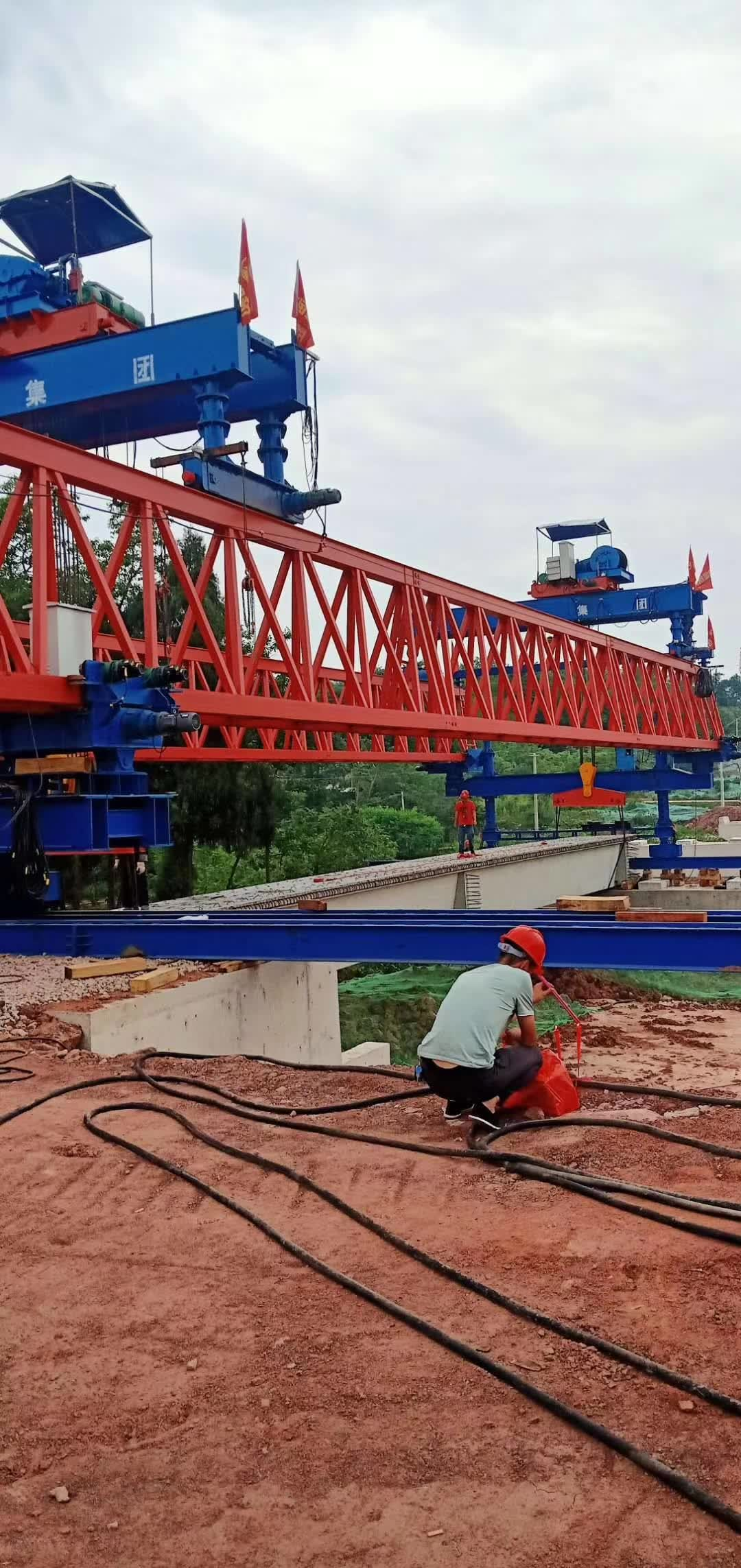 30 meters bridge beam launching