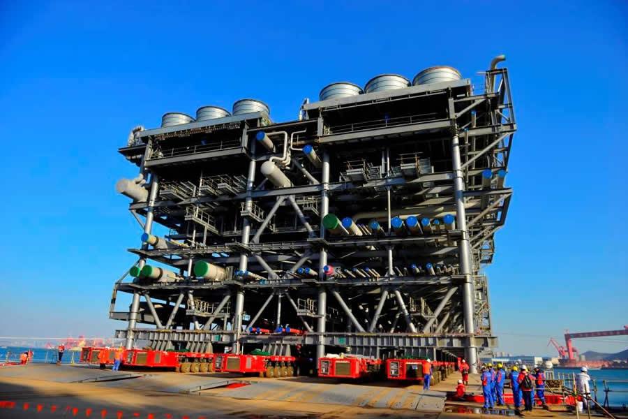 LNG模块组件运输(滚装上船)