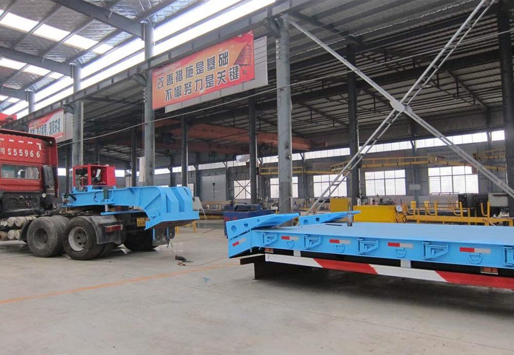Front loading lowbed