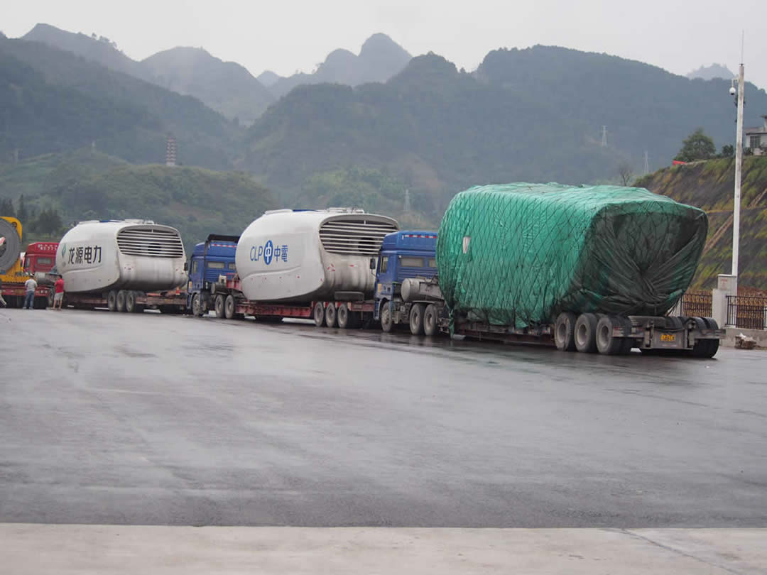 Windmill nacelle low bed trailer fleet